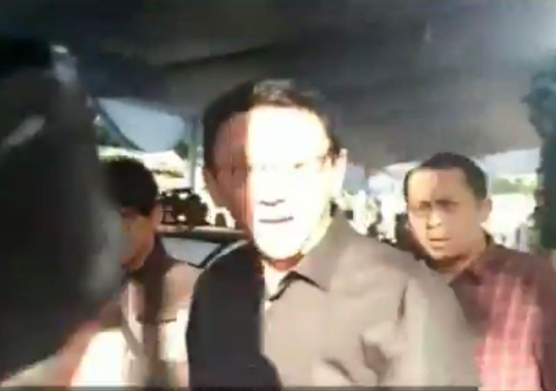 Mantan Gubernur DKI Jakarta Basuki Tjahaja Purnama Pagi ini Melayat Ke Kediaman Almarhum BJ Habibie. (Mur)