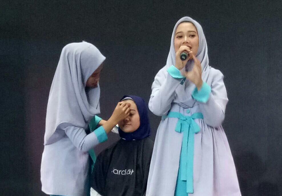 Salah satu sponsor acara produk kecantikan Wardah, memberikan Beauty Class, teknik merias wajah